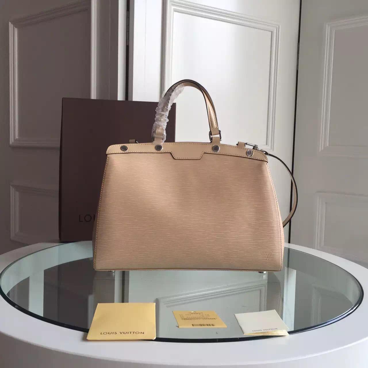 51604cd36593 Сумка Женская Louis Vuitton Brea Epi — в Категории