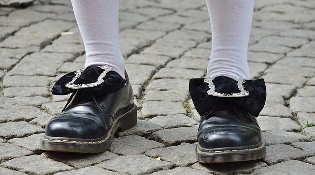 Мужская обувь на каблуке