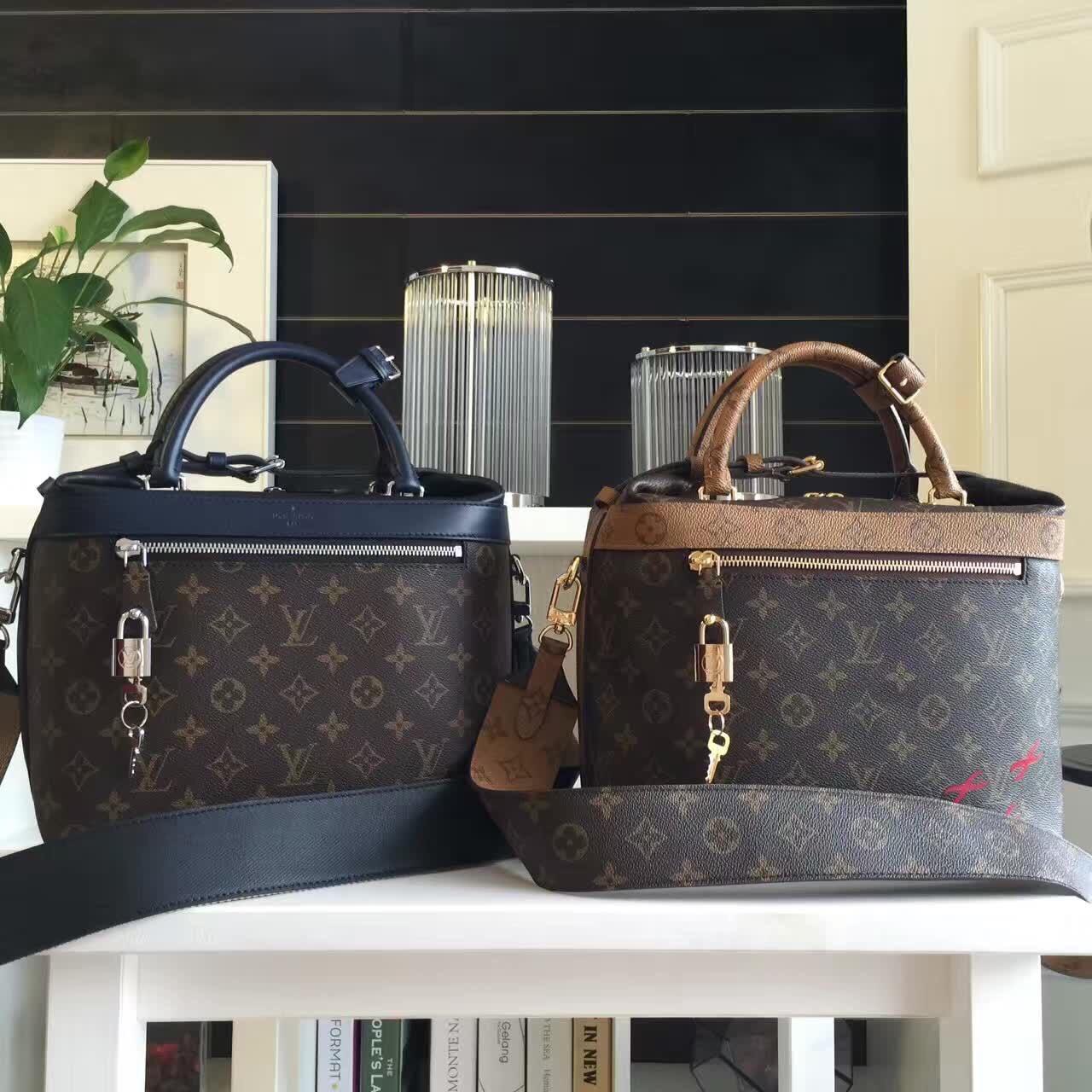 Женская сумка портфельLouis Vuitton