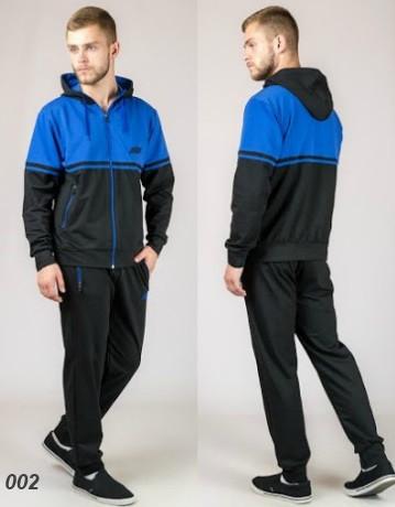 Мужской трикотажный спортивный костюм  (черный + синий)