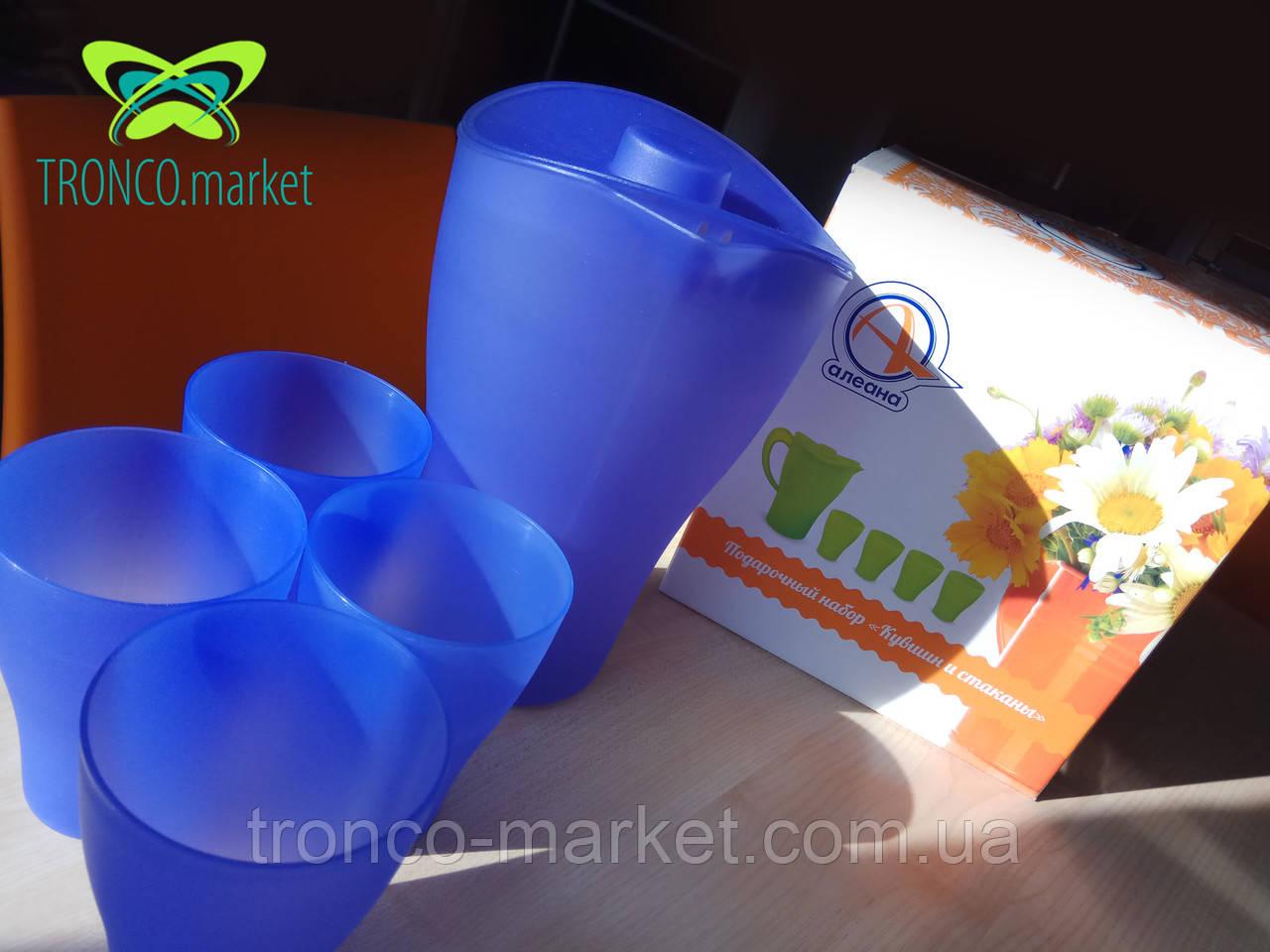 Набор посуды для подачи и разлива напитков: Кувшин с крышкой и стаканы