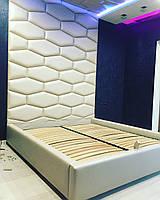 """Ліжко """"Hi-Tech"""" з високим узголів'ям у формі сот до стелі і на ньому"""