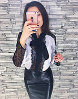Блузка с кружевом разных цветов