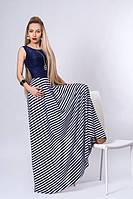 Стильное платье с красивым вырезом на спине