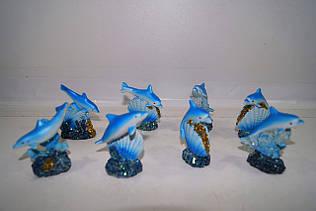Сувениры дельфины