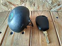 Крышка бензобака с ключом Dacia Logan, Sandero, Duster Renault Master II Kangoo II