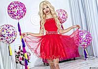 Нарядное женское короткое платье материал верха гипюр, юбка атлас и легкий фатин. Цвет красный