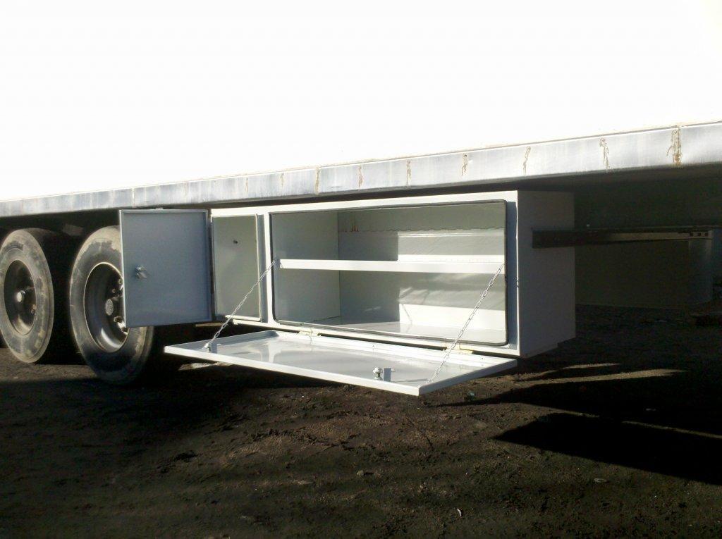 Инструментальные ящики для грузовых автомобилей/ Toolbox, фото 1