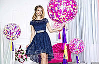 Нарядное женское короткое платье материал гипюр, с красивым атласным пояском. Цвет темно синий