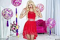 Нарядное женское короткое платье материал гипюр, с красивым атласным пояском. Цвет красный