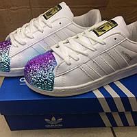 Кеды белые с фиолетово-бирюзовым носком Adidas
