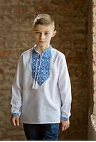Детская вышиванка с синим узором