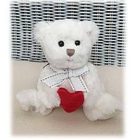 Игрушка Буковски мишка-мальчик Оливер с красным сердцем, 15 см