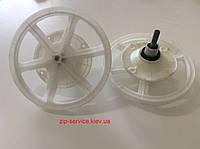 Редуктор стиральной машины полуавтомат, крепление на 4 болта, посадка на шлицы (11шт), диаметр 22см