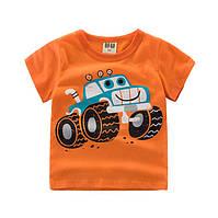 Детская футболка  для мальчика с машинкой.
