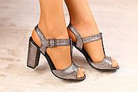 Женские босоножки, из натуральной кожи, бронза-глиттер, на каблуке