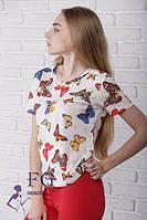 Женская футболка с рисунком бабочек