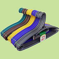 Плечики цветные пластиковые  в упаковке 5 шт
