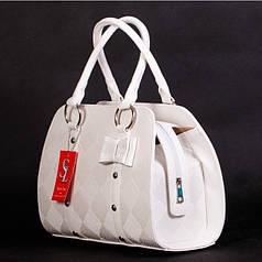 Стильная белая женская сумка