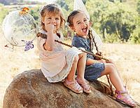 Какую обувь взять в путешествие с малышом летом? Мама сдавала в багаж.