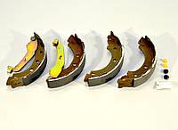 Барабанные тормозные колодки (задние) на Renault Kangoo 1998->2008 — Renault (Оригинал) - 77 01 207 555