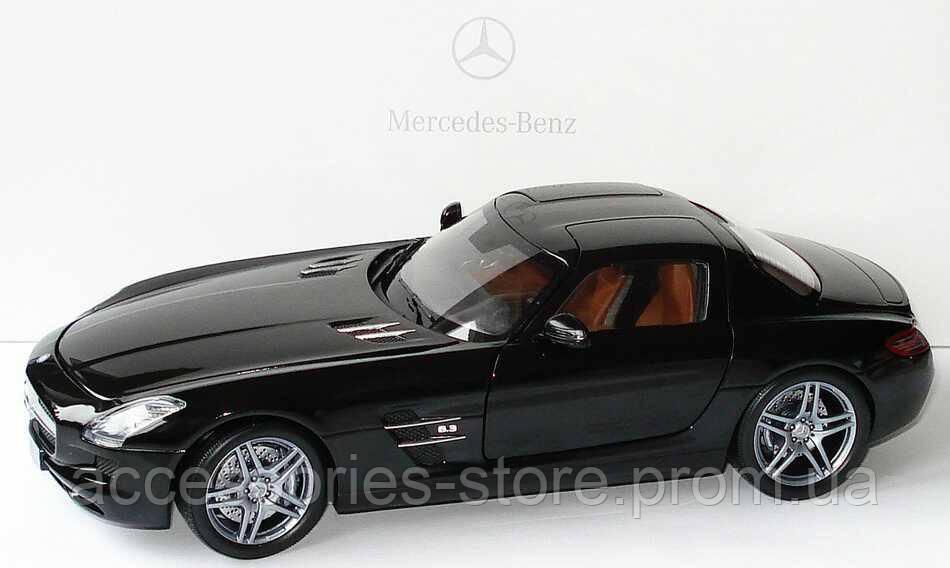 Модель Mercedes-Benz SLS AMG, Black, Scale 1:18
