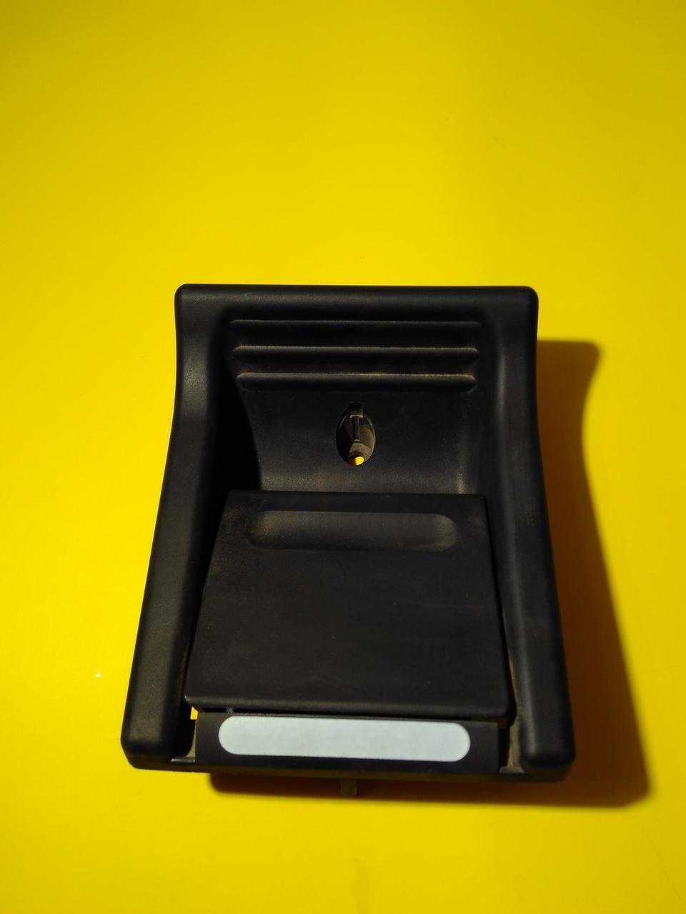 Ручка двери сдижной внутренняя Mercedes sprinter 901/902/903 /904 A9017601361 Mercedes - NATA4KU.COM в Одессе