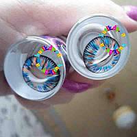 Декоративные цветные линзы для глаз.