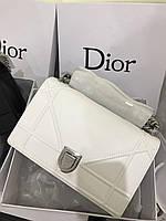 """Стильная сумочка Dior """"Diorama"""" Cruise 25 см 2017"""