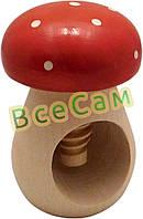 Винтовой деревянный орехокол «Гриб мухомор»