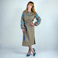 Платье льняное с голубой вышивкой