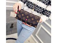 Женский кошелек в стиле Louis Vuitton. Очень практичный и удобный кошелек. Высокое качество. Код: КДН1696