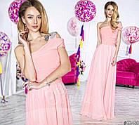 Нарядное женское платье в пол на одно плечо, материал шифон и атлас, украшено брошью. Цвет нежно розовый