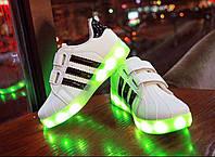 Светящиеся кроссовки Adidas SuperStar белые + черные полоски низкие ДЕТСКИЕ