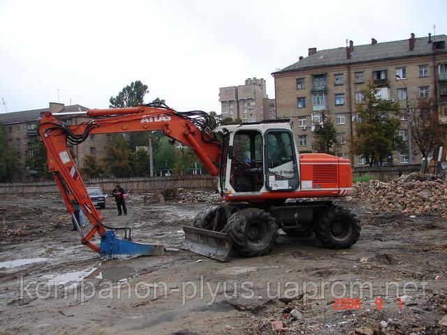 Аренда экскаватора с гидромолотом. Аренда гидромолота, услуги гидромолота. Гидромолот на экскаваторе аренда Киев.