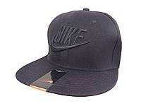 Черная кепка Nike с черной надписью (реплика)