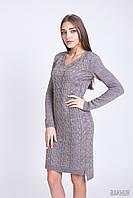 Вязаное платья цвета капучино, полу-приталенного силуэта