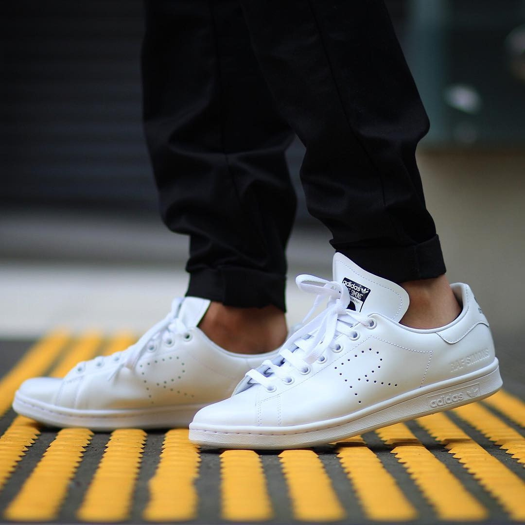 Кроссовки мужские в стиле Adidas X Raf Simons Stan Smith Aged White -  FashionVerdict - интернет 4bcdad2a949