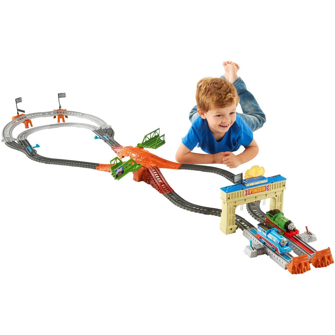 Thomas & Friends™ TrackMaster™ Thomas & Percy's Railway Race Set (Большая гонка)  Бесплатная доставка.