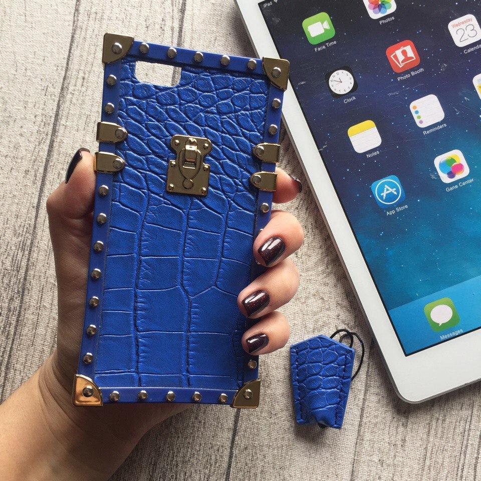 Силиконовый чехол Louis Vuitton синий крокодил для iPhone 6/6s