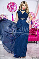 Элегантное женское платье в пол материал атлас и шифон, размер 48-52, украшено брошью. Цвет темно синий