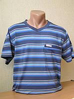 Футболка мужская с карманом в полоску с V-образной горловиной