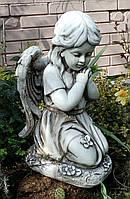 Скульптура Ангел девочка на коленях 55 см