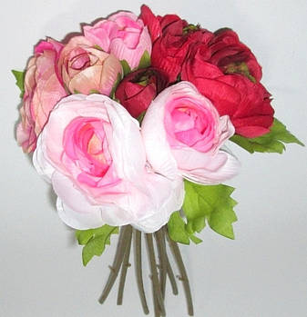 Букет искусственных ранункулюсов 30 см бордово-бело-розовый