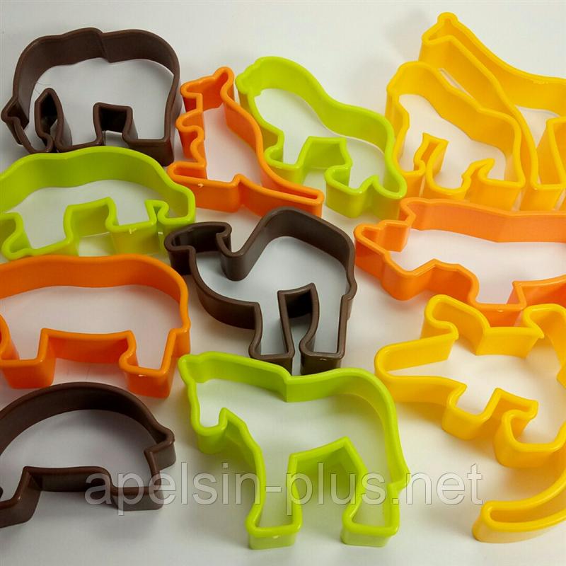 """Вырубка пластиковая для печенья """"Зоопарк"""" набор из 12 форм"""
