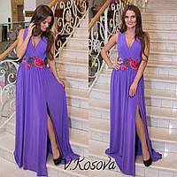 Платье в пол с вышивкой на поясе