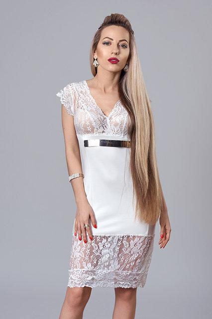 Модное платье приталенного силуэта, с красииим кружевом.Разные цвета.