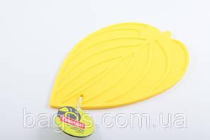 Подставка силиконовая под горячее 21 х 15 см (желтый лист) Fissman (PR-7046.HD)