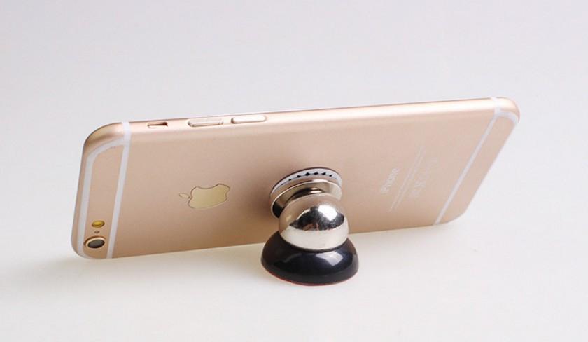 Магнитный держатель для смартфона