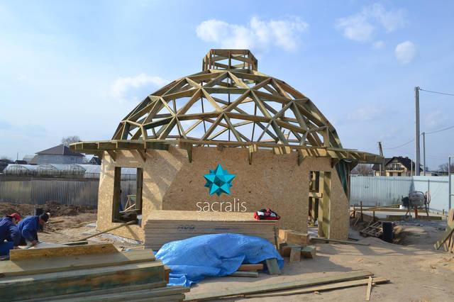 Обшивка нижних уровней купольного дома Состояние на 31 марта 2017